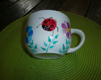 porcelain bowl/jumbo painted Ladybug garden