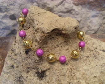 "Bracelet ""spring lightness"" pink and gold"