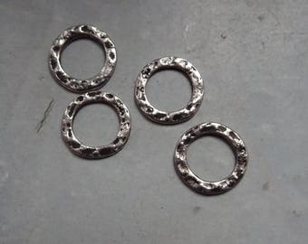 4 closed rings engraved silver aged hammered effect, 11mm