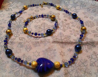 set (necklace and bracelet) classy, modern, unique (Navy Blue and gold)