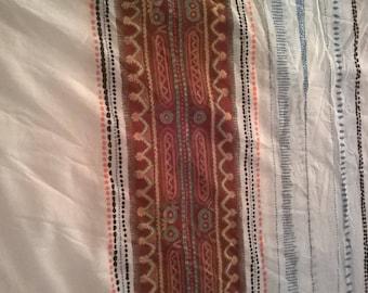 Fabric in white FishNet motives