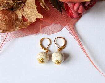crackled howlite stone earring