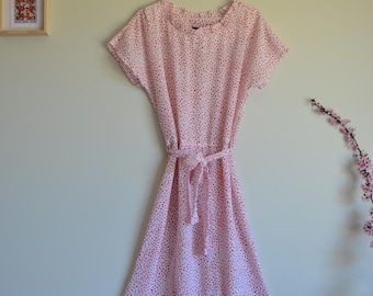 1980s Vintage polka dot floaty dress with ruffle neck - Sweet 80s red spotty midi dress with waist tie - Size M