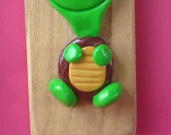 Small turtle Smily coat rack