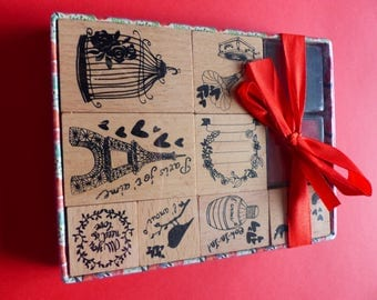 box of 8 stamps in wood and 2 red and black inks Paris love bird cage
