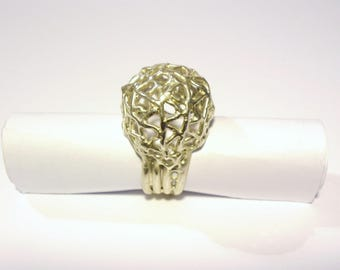 """""""Triangles"""" sterling silver ball ring"""