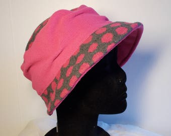 Pink fleece and polka dot pink/gray wool hat