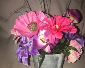 Small flower decor