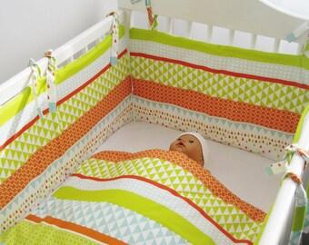 PROMO Tour de lit bébé  et couverture assortie motif Arlequin
