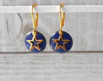 Earring gold and blue enameled sequin star