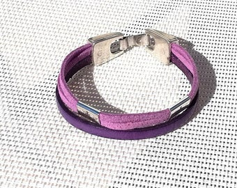 Bracelet leather smooth in violet and purple Suede, beads anchor