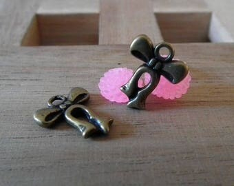 Bronze 15mm♥ X 15 PCs antique bow charm ♥