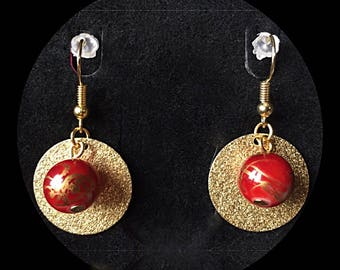 Stardust earrings and glass beads