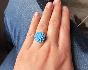 Resin - light blue adjustable flower ring