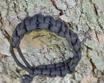 Paracord Bracelet (Midnight Operation Black)