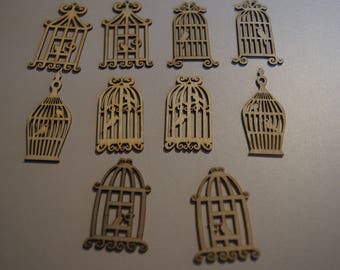SET of 10 wooden CAGES +/-5 x 2 CM