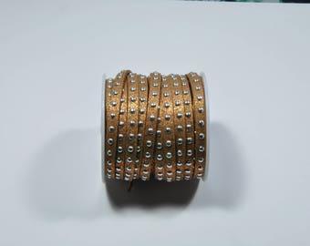 CO17 - 1 meter suede cord metallic studs silver