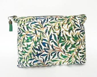 Canvas Wash bag, grass, green, jungle, jungalow, dumpy bag, boxy bag,, travel bag, cosmetic bag, zip bag.