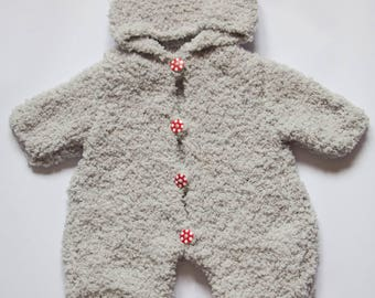 Combination baby size newborn to 1 month baby
