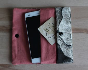 Smartphone door with pockets and push button, smartphone door fabric upholstery, smartphone door inner lining