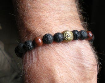 "Yoga man ""Obsidian and lava"" beaded BRACELET with Yin yang bronze"