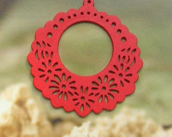 PENDANT RED WOODEN DECORATIONS AND DESIGNS