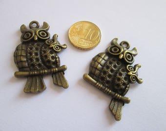 2 pendentif Hiboux en métal bronze 43 x 28 mm