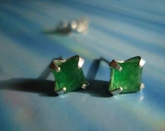 Gorgeous Green Emeralds Quartz Earrings KE153