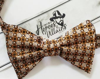 Brown self tie bow tie,brown bow tie,wedding bow ties,groomsmen bow tie,floral bow ties,silk bow tie,stripe bow ties,classy bow tie