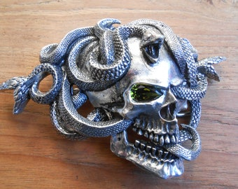 Alchemy Gothic buckle Buckle The Gorgon's Eye