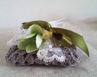 Crochet favor bag in Egyptian grey cotton, green satin bow, lace, fabric flower, 5 almond Confetti
