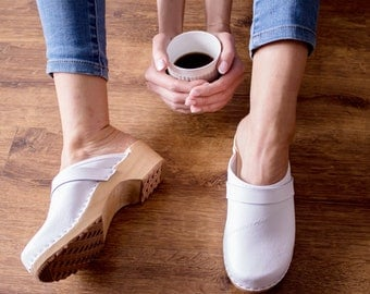 New Clogs Moccasins Wooden clogs Women clogs Leather clogs Clog Womens white clogs Boots Womens moccasins Wood clog Clogs boots Clogs sandal