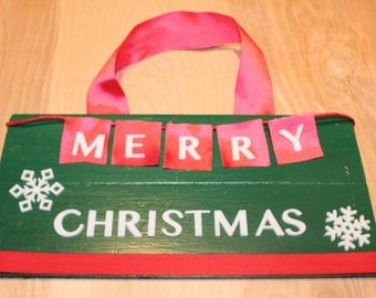"Merry Christmas door hanger/sign ""merry"" flag"