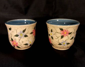 Small flowered cups