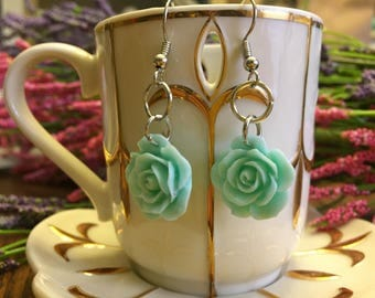 Green rose earrings, wedding earrings, classy earrings, mint green rose, rose earrings, dangle earrings