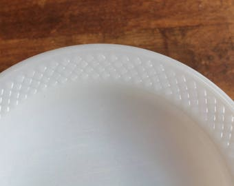 Four White Milk Glass Federal Heat Proof 8-inch Shallow Soup Salad Bowls