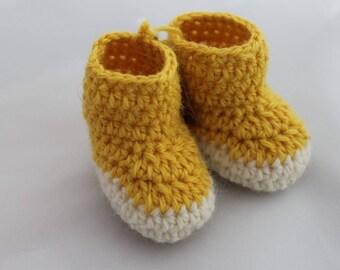 Yellow & White Newborn Booties - 100% Wool