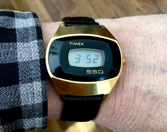 Rare 1st Generation One Button TIMEX SSQ Digital - Yellow RGP & Stainless Steel - Working Perfect