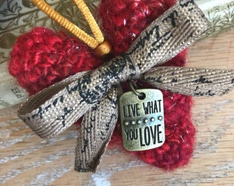 Live What You Love Art Heart made with hand spun yarn