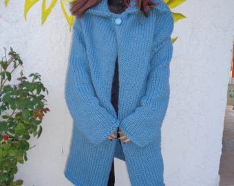 Knitted coat.
