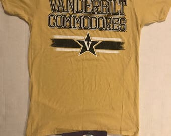 90s VANDERBILT COMMODORES Graphic T-Shirt vtg retro style old school fashion free shipping vintage sale