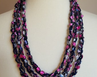 Necklace/Ladder yarn necklace/Trellis yarn necklace/Yarn and Fiber Necklace/Gift for her