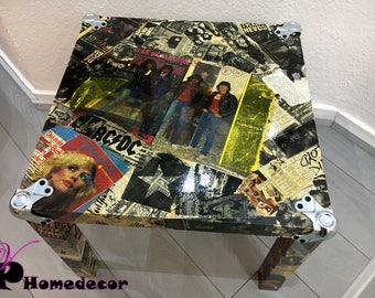 The Ramones table