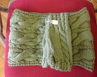 Hand made green cable cowl and wrist warmers adult size