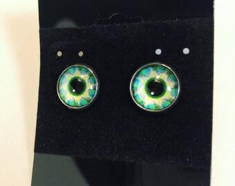 Green psychedelic eye earrings