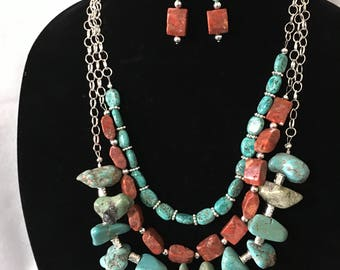 Necklace Turquoise and Nuggets