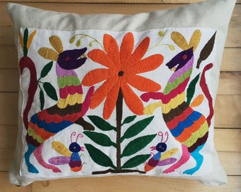 Cushion cover with Mexican Tenango Embroidery