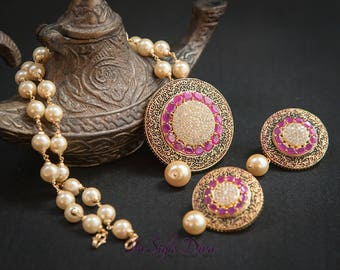 Indian Necklace set jhumka earrings, Indian bridal jewelry, fine gold necklace, Fine estate jewelry, pearl necklace, Bollywood jewelry