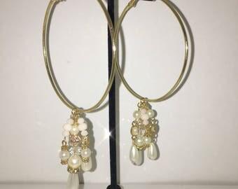 Pearl/gold dangle hoops
