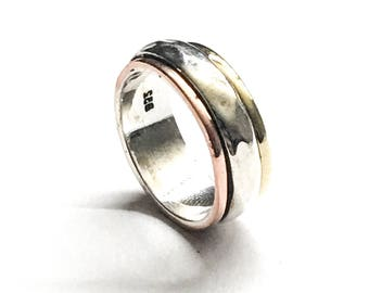 Beautiful Spinner Ring